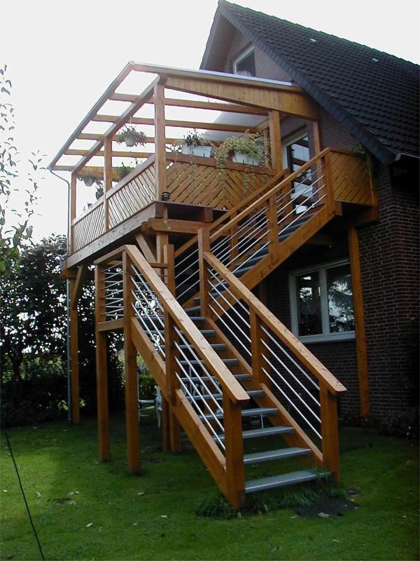 balkonanbau aus holz kreative ideen f r innendekoration. Black Bedroom Furniture Sets. Home Design Ideas