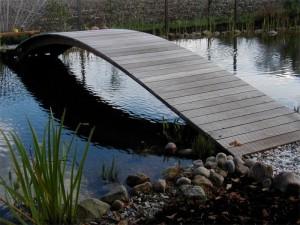 Brücke am Gartenteich Lippetal Herzfeld